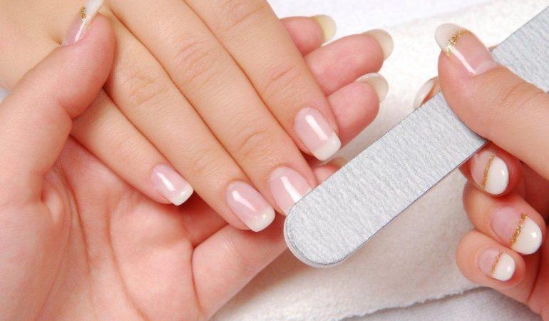 Japanese Manicure – Regeneration Treatment for Damaged Finger Nails