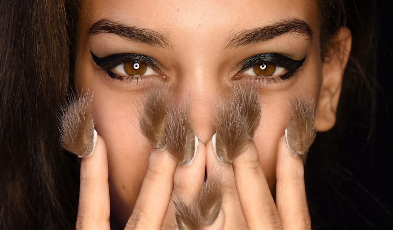 Furry nails – This Spring Trend