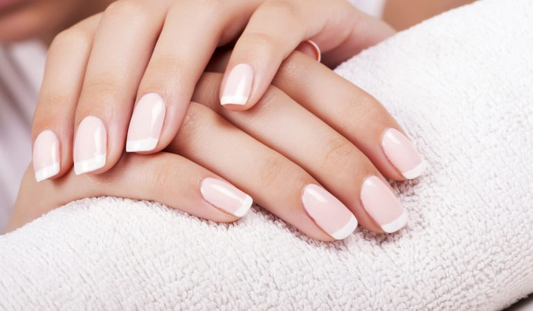 Dispeling of the myths on Hybrid Manicure