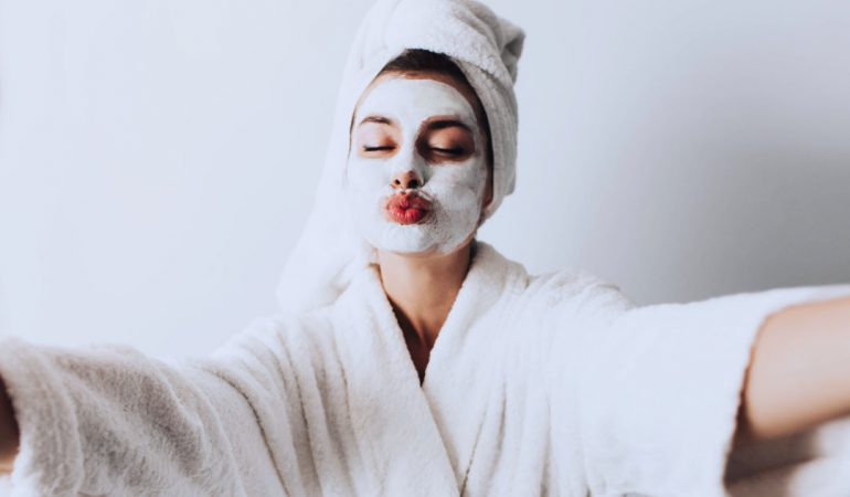 Lockdown? 4 Great Ways to Make the Most of Stay-Home Time and Enhance Beauty
