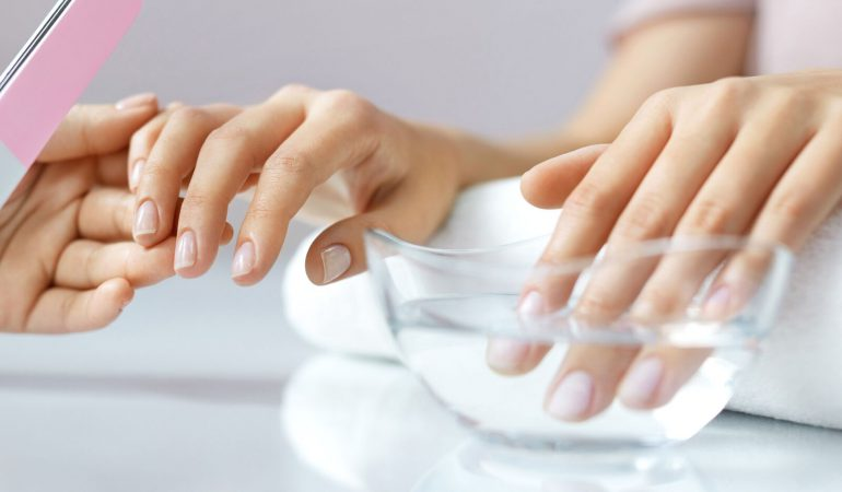 5 Ways to Care for Nails. How to Make Them Stronger?